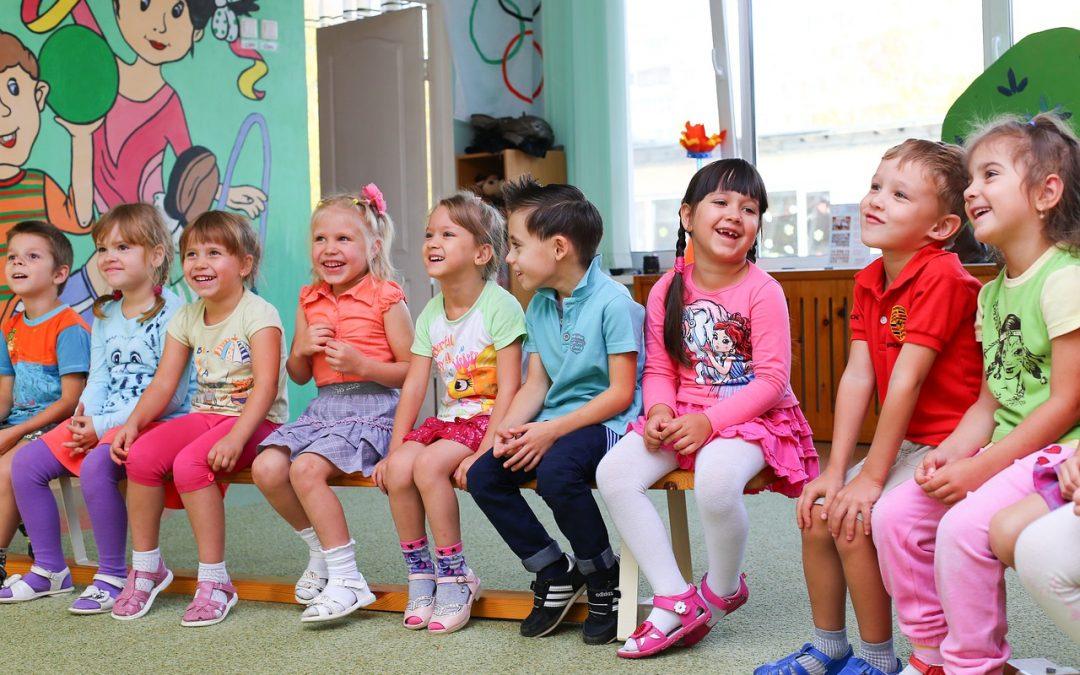 How often should children's language classes be held?